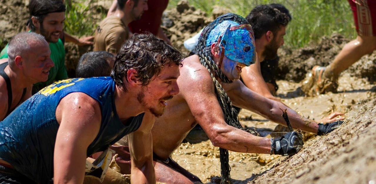 He is racing in the mud: the official calendar of the Italian Championship Mud Run 2016