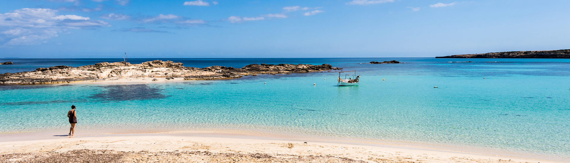 Here are seven coves not to be missed in the Balearic Islands.
