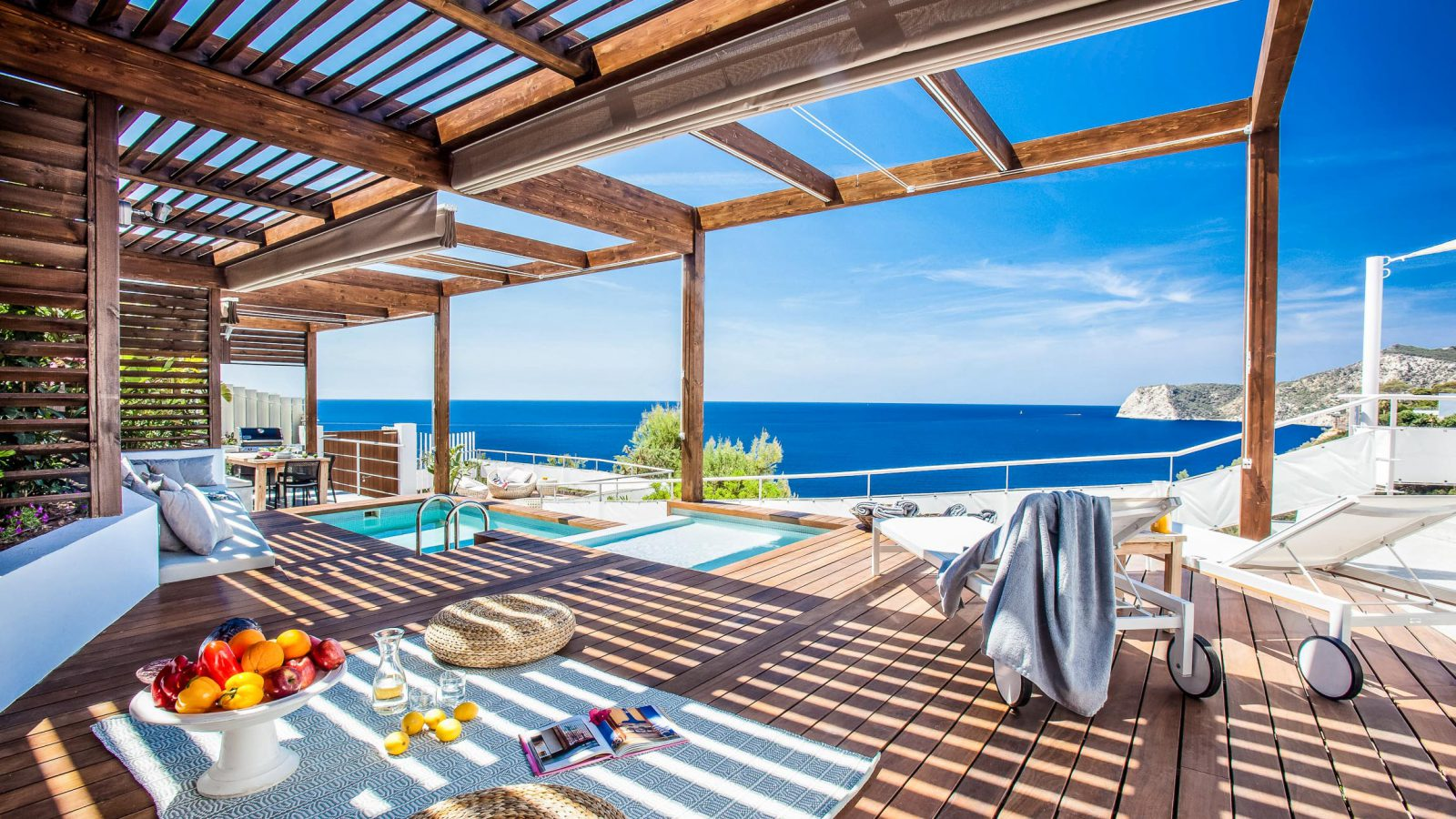 Lies Within The Island'S Most Prestigious Residential District, With 24-Hour Security, In Front Of The Sea.. Ibiza, Es Cubells