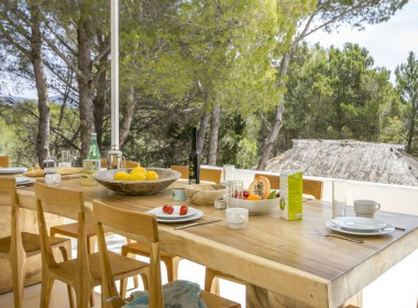 ikh.villas-luxury-villa-ibiza-isabel Boques Luxury Villa Ibiza (12)-w1800-h950-1