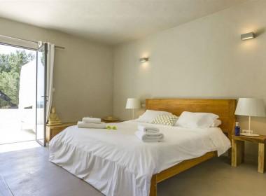 ikh.villas-luxury-villa-ibiza-isabel Boques Luxury Villa Ibiza (26)-w1800-h950-1