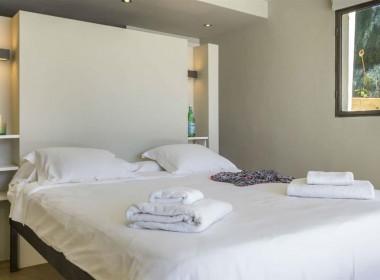 ikh.villas-luxury-villa-ibiza-isabel Boques Luxury Villa Ibiza (28)-w1800-h950-1