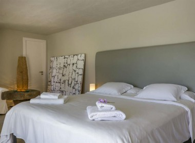 ikh.villas-luxury-villa-ibiza-isabel Boques Luxury Villa Ibiza (30)-w1800-h950-1