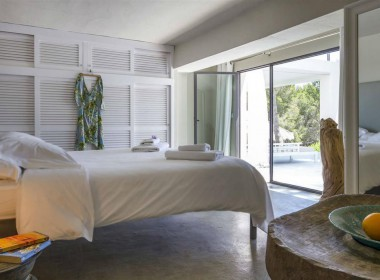 ikh.villas-luxury-villa-ibiza-isabel Boques Luxury Villa Ibiza (31)-w1800-h950-1
