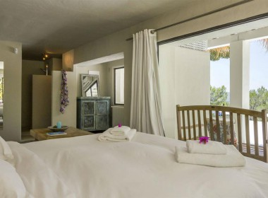 ikh.villas-luxury-villa-ibiza-isabel Boques Luxury Villa Ibiza (34)-w1800-h950-1