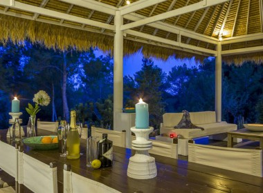 ikh.villas-luxury-villa-ibiza-isabel Boques Luxury Villa Ibiza (38)-w1800-h950-1