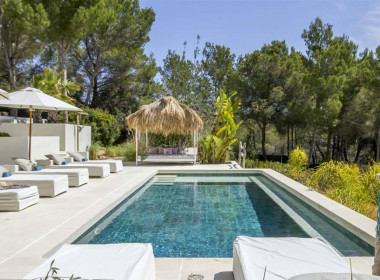 ikh.villas-luxury-villa-ibiza-isabel Boques Luxury Villa Ibiza (4)-w1800-h950-1