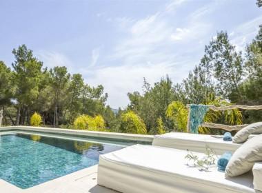 ikh.villas-luxury-villa-ibiza-isabel Boques Luxury Villa Ibiza (5)-w1800-h950-1