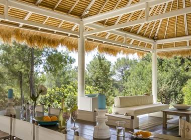 ikh.villas-luxury-villa-ibiza-isabel Boques Luxury Villa Ibiza (8)-w1800-h950-1