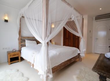 ikh.villas_Ibiza_Can-Martinet10-Leonardo-Di-Caprio-room