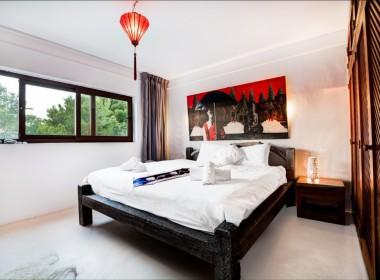 ikh.villas_Ibiza_Can-Martinet11-Paris-Hilton-room