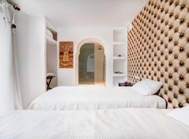 ikh.villas_Ibiza_Can-Martinet14-Buddah-room
