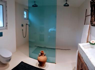 ikh.villas_Ibiza_Can-MartinetBuddah-bathroom