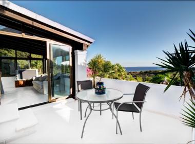 ikh.villas_Ibiza_Can-MartinetGazebo-Mansion-by-Ralph-26